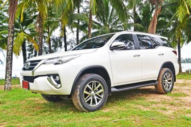 New Toyota Fortuner 4WD 2016